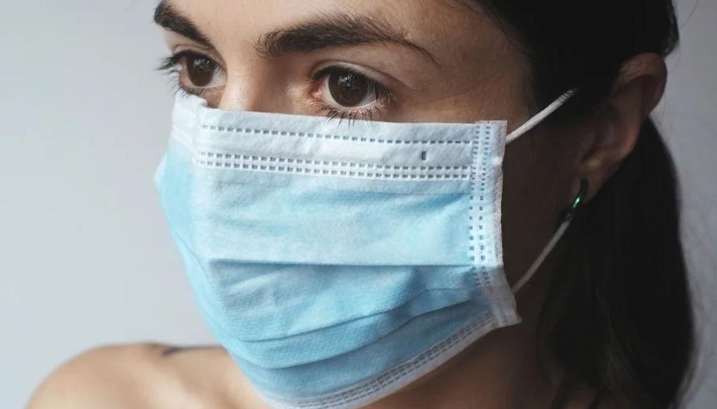Κορωνοϊός: Προ των πυλών η υποχρεωτική χρήση μάσκας 1