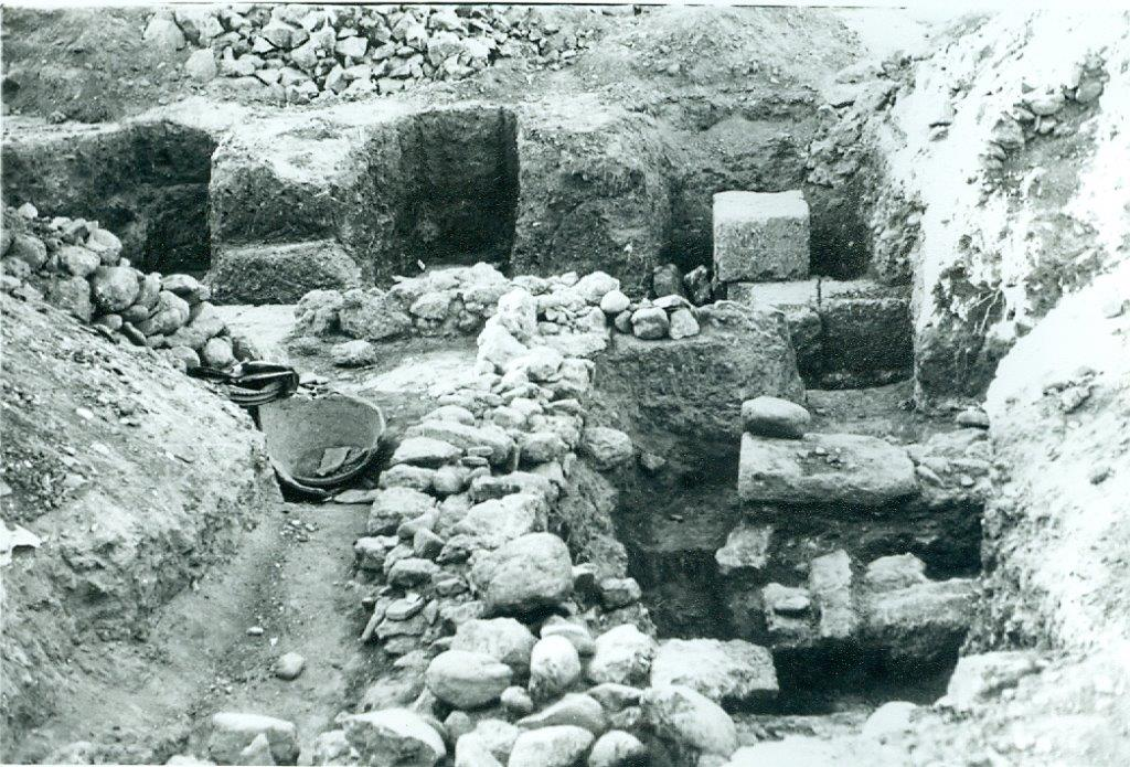 Ποιοι και γιατί θάβουν οριστικά την ιστορία της πόλης των Φαρών; 8