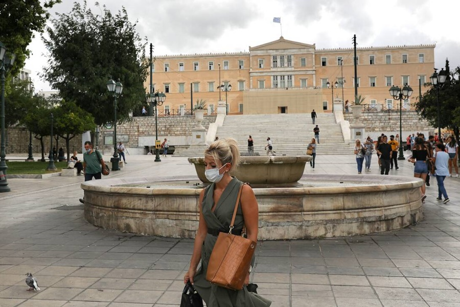 Κορωνοϊός: Σε πορτοκαλί συναγερμό η Αττική - Τα νέα μέτρα για συναυλίες, συναθροίσεις και εργασία 12