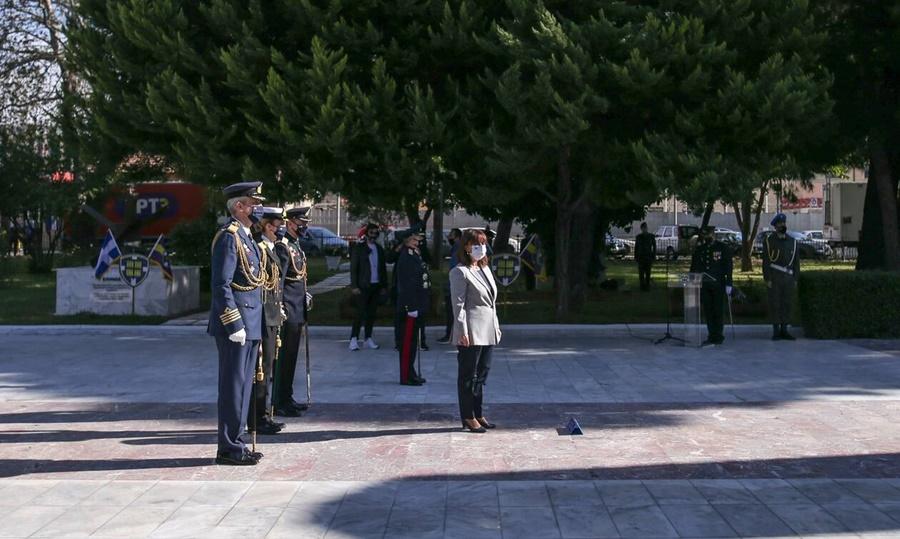28η Οκτωβρίου – Σακελλαροπούλου: Η πατρίδα μας υπερβαίνει κάθε εμπόδιο όταν είναι ενωμένη 13