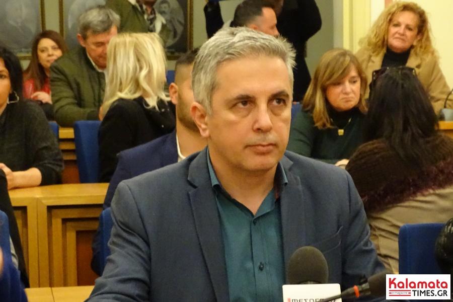 Μανώλης Μάκαρης