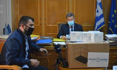 Ο Αντιπεριφερειάρχης παρέδωσε τα Rabit test στον πρόεδρο της ΕΠΣ Μεσσηνίας 7