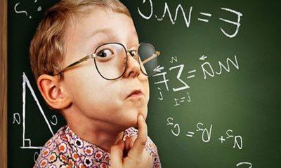 Ανεκδοτάρα: Λέει η Θεούσα γεροντοκόρη δασκάλα στα παιδάκια… 1