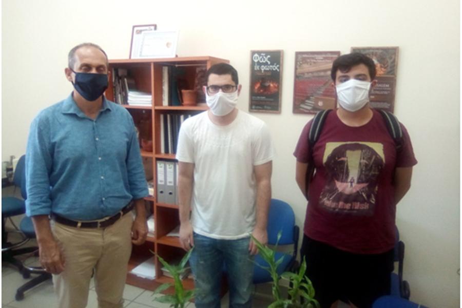 Μέλη της ΚΝΕ για την επαναλειτουργία του πανεπιστημίου Πελοποννήσου