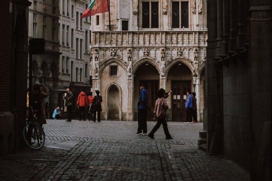 Lockdown στην Ευρώπη: Αρχισαν τα λουκέτα 14