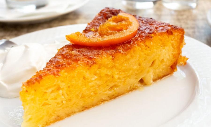 Συνταγή για σιροπιαστή πορτοκαλόπιτα -Το κόλπο με τα θρυμματισμένα φύλλα 10