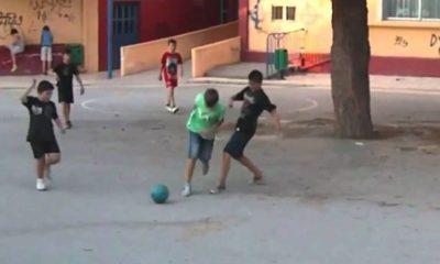 Λακωνία: Συνέλαβαν ανήλικα παιδιά επειδή έπαιζαν μπάλα στο χωριό! 10