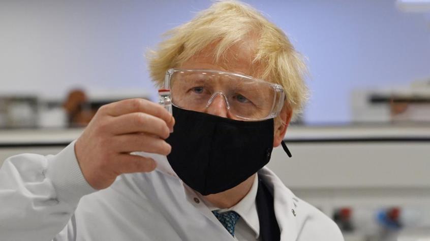 Κοροναϊός : Αρχίζουν οι εμβολιασμοί στη Βρετανία - Εγκρίθηκε το εμβόλιο της Pfizer 14