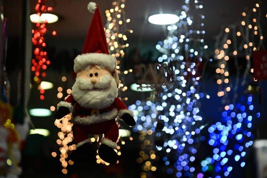 Χριστούγεννα με κορωνοϊό: Λιανεμπόριο με δόσεις, σχολεία και εστίαση από το 2021 11