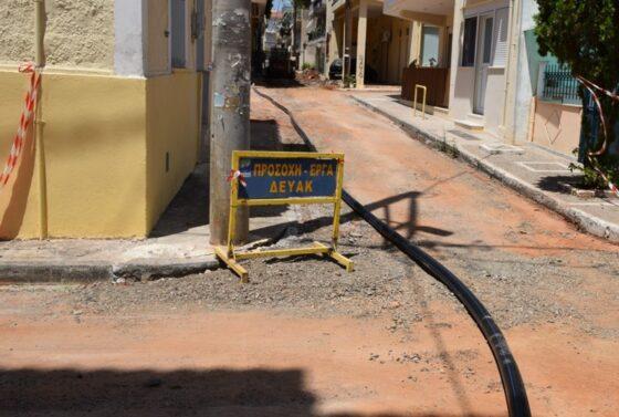 Εργασίες αντικατάστασης δικτύου ύδρευσης σε οδούς στο κέντρο της Καλαμάτας